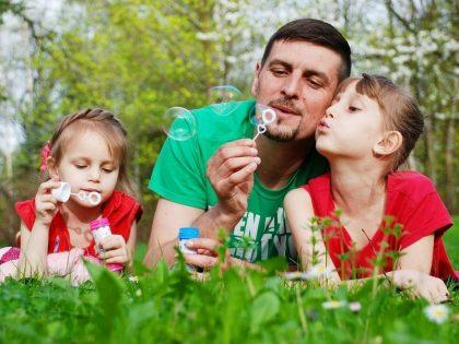Väter-Töchter Beziehungen stärken
